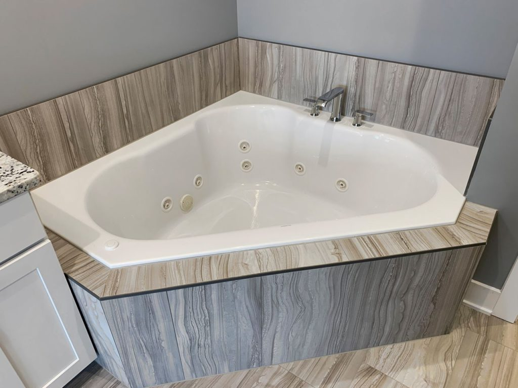 remodel jacozzi tub