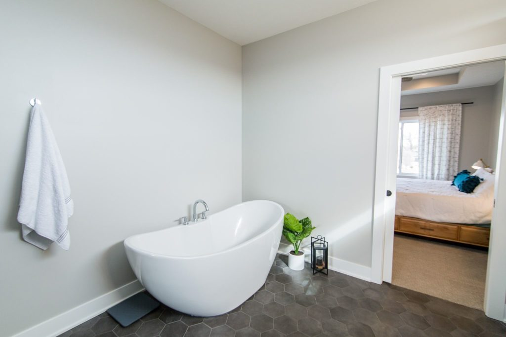 remodel bathtub